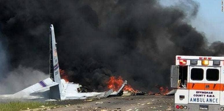savannah plane crash photos