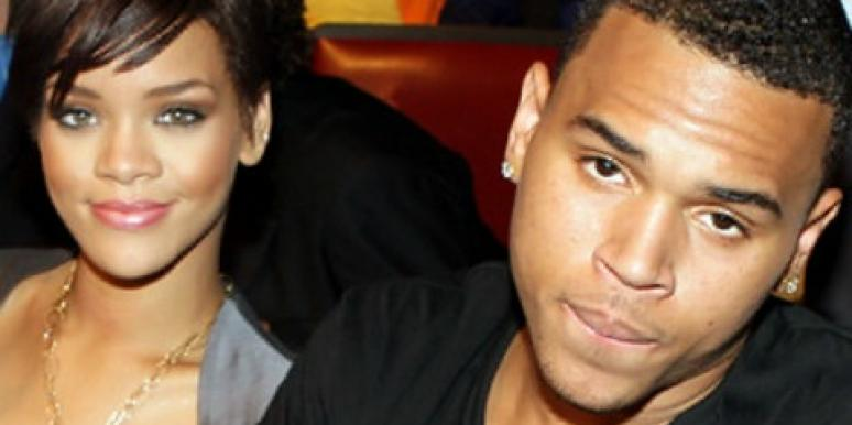 3 Reasons We're Angry About Rihanna Secretly Seeing Chris Brown