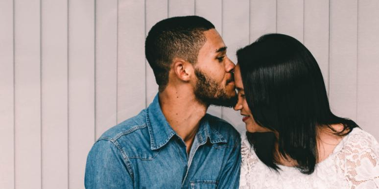 How Romantic Movies & Love Stories Are Ruining Healthy Relationships Expectations