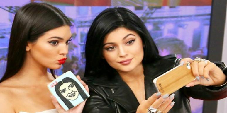 Kendall and Kylie Jenner selfie