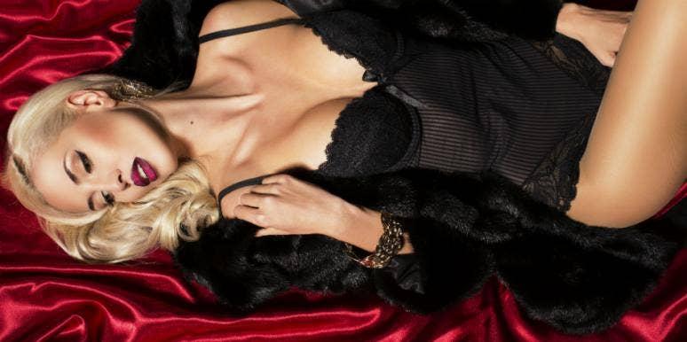 Mia Khalifa Says She Only Made $12K Doing Adult Films — Internet Calling Shenanigans