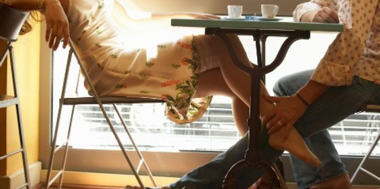 DearDr.Romance:How Can I get over the nervousnessof dating again?