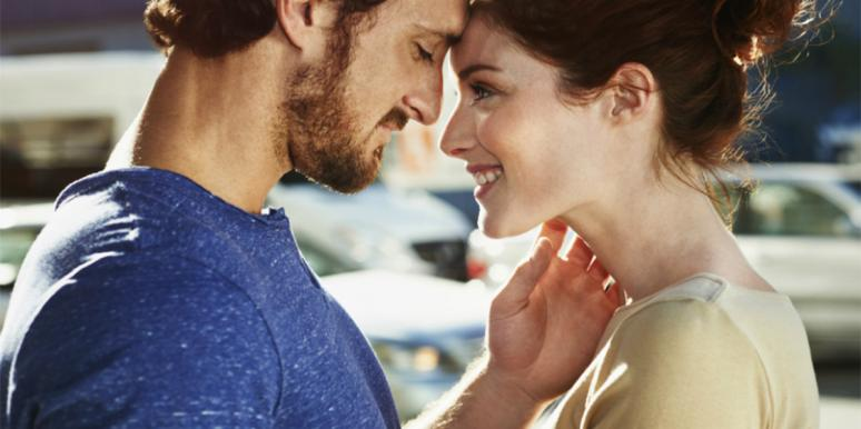 4 Traits Men Find Most Desirable In A Woman, Says Study