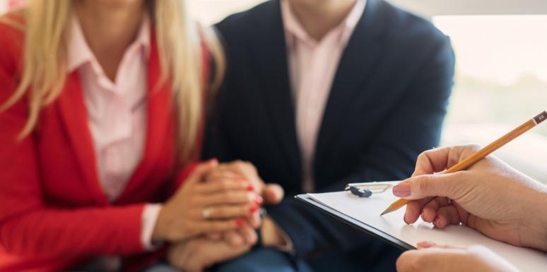 husband and wife in marriage counseling