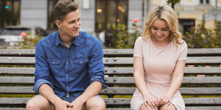 woman flirting with a guy who never had a girlfriend