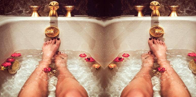 hot bath, burns calories