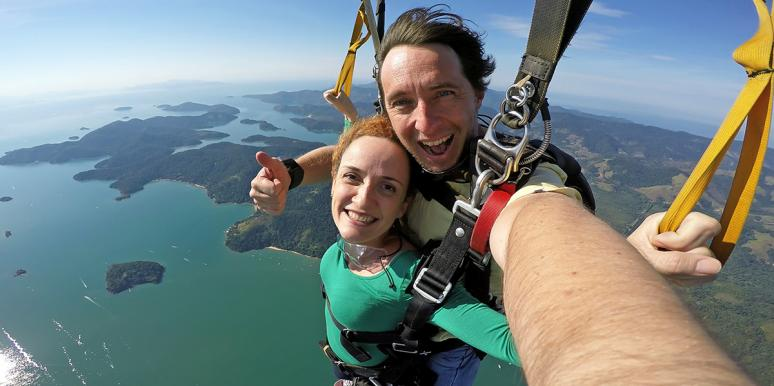 Falling For You: The Skydiving Proposal Video You Have To See