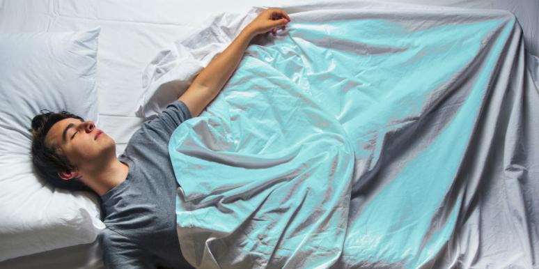 20 Best Silk Pillowcases You Can Buy (And Why They Are Awesome)