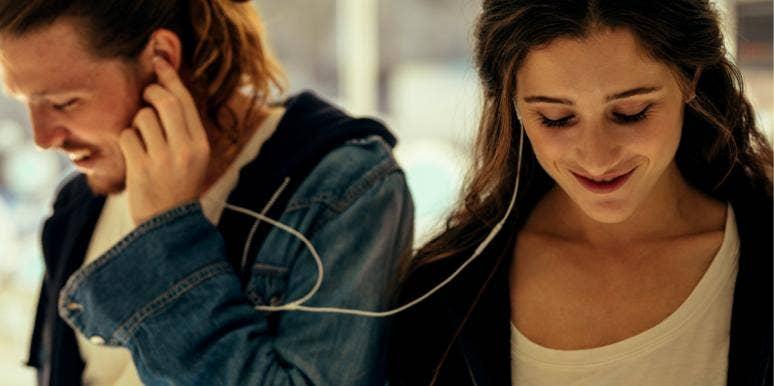 best friends in love listening to music