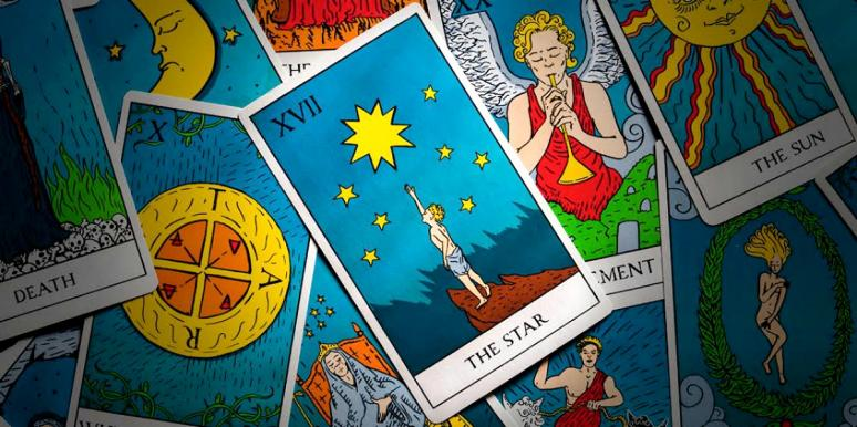 The Star Tarot Card Meaning: Upright, Reversed & In Love