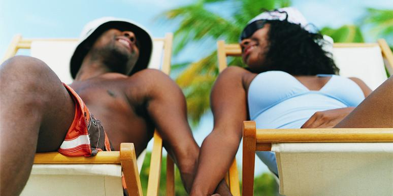 The Beautiful Reason So Many People Relate To This Couple's Swimsuit Photo