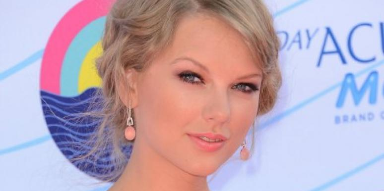 Taylor Swift desperate