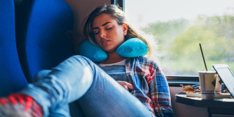 Best Pillow 2020.20 Best Travel Pillows Of 2020 Yourtango