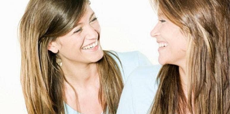 twins women