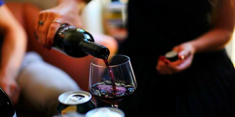 If You Drink This Kind Of Red Wine, You'll Be More Attractive
