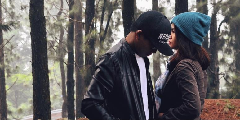 Signs You're In An Unhappy Relationship & How To Fix A Broken Relationship Before It's Too Late