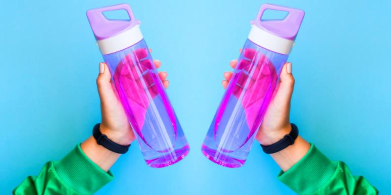 Best Water Bottles 2020.20 Best Reusable Water Bottles Of 2020 Yourtango
