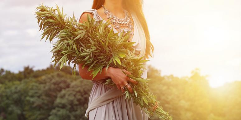 This Weed Bouquet Is The Perfect Gift For Potheads