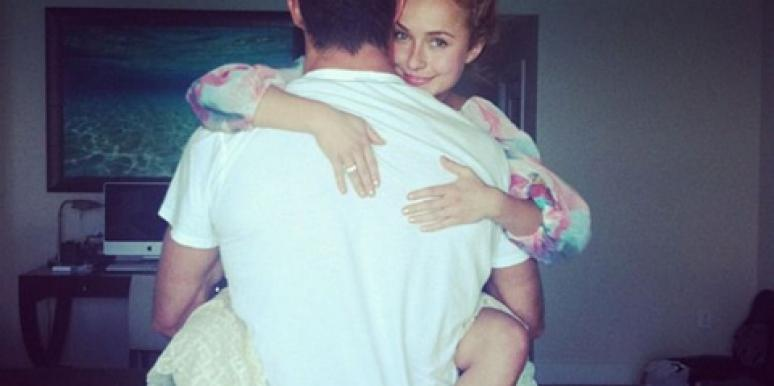 Wladimir Klitschko & Hayden Panettiere celebrating their engagement over Instagram. The couple are now expecting their first child!