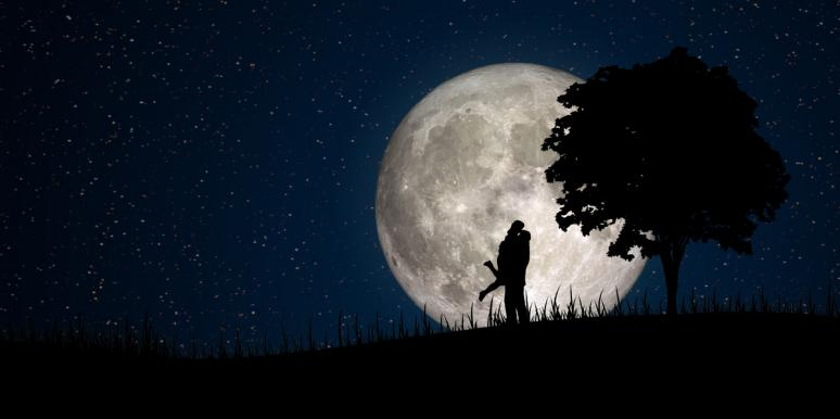 3 Zodiac Signs Who Find True Love During The Moon Trine Venus Starting September 19, 2021