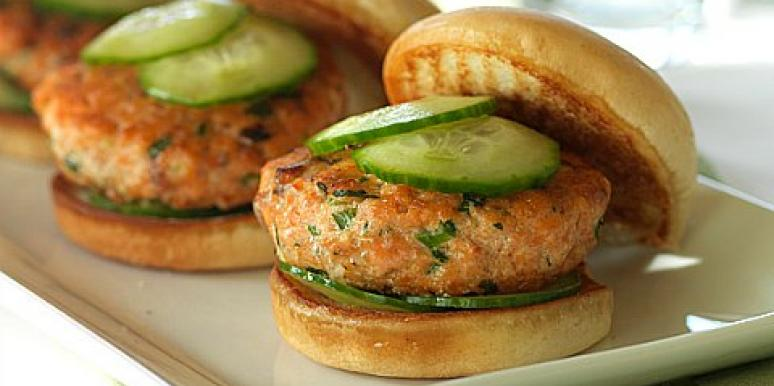 Thai salmon sliders
