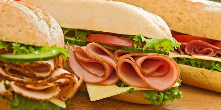 300 Sandwiches To Get Married: We're Missing The Point