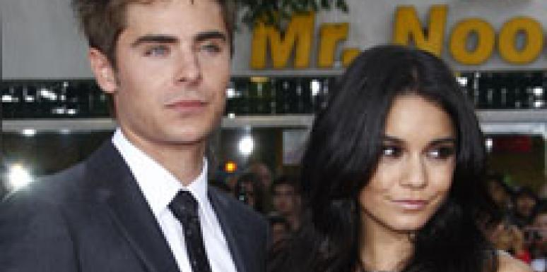 Zac efron and vanessa hudgens still making out