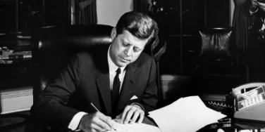 11 Things You Didn't Know About JFK's Love Life