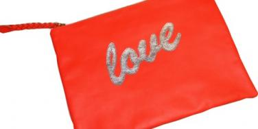 Love Quotes: Tell Us Your Favorite Love Quote And Win a Clutch