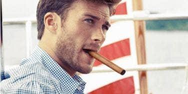 Celebrity Sex: 25 Hottest Hollywood Bachelors Over 25!