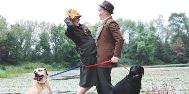"Couple Reenacts ""101 Dalmatians"" For Engagement Photos"
