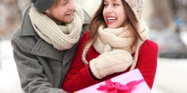 What To Get Your Boyfriend For Christmas: How Much To Spend?