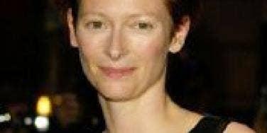 Tilda Swinton's Odd, Um, Arrangement