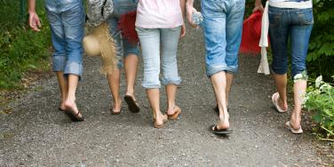 8 Scary Reasons Flip-Flops Are TERRIBLE For Your Health