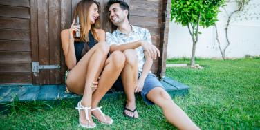 The 6 REAL Reasons People Flirt, According To A Psychologist