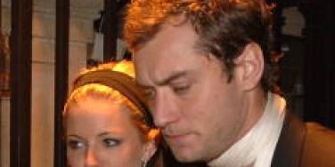 Sienna Miller Jude Law together again