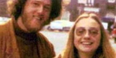 Clintons Suffer Like It's 1999