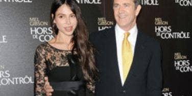 Text May Prove Oksana Blackmailed Mel Gibson