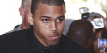 Chris Brown twitter Rihanna