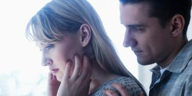 Relationship Red Flags & Signs Of Cheating & Infidelity From Your Spouse