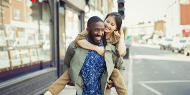 How To Fall Back In Love? 8 Fun Things To Do When You're Bored As A Couple
