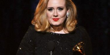 """Adele Credits Grammy Success To """"Rubbish Relationship"""""""