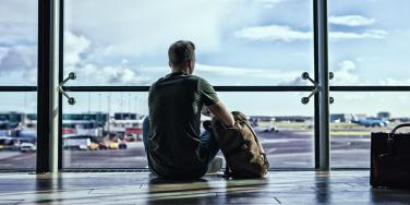 Man Accidentally Stood Up By Girlfriend At Airport In China