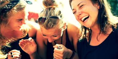 6 Zodiac Signs Who Do Better With A Small Group Of Friends.
