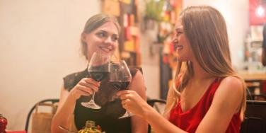 The Best Types Of Wines & Cheese For Wine Pairing