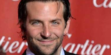 Love: Bradley Cooper & Suki Waterhouse Cuddling In Paris