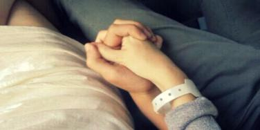 couple in hospital
