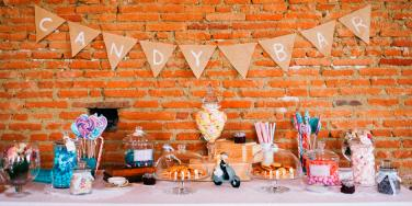 Best candy bar ideas for a sweet wedding - literally