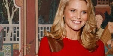 Christie Brinkley Shines While Protecting Herself [EXPERT]