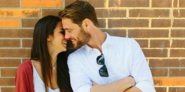Agreeing To This 23-Point Relationship Contract Can Help Strengthen Your Connection